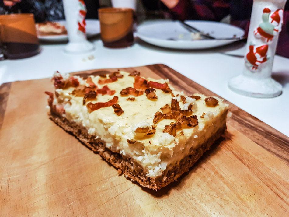 Game night with German Bacon Potato Cake – Lohplatz